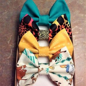 The Lion King Bow Set